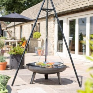 La Hacienda tripod with adjustable hanging grill 55578