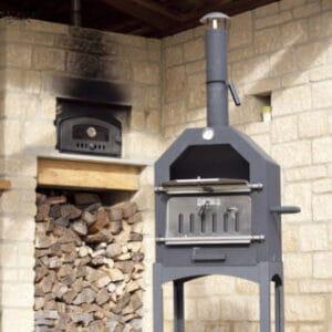 La Hacienda Lorenzo pizza oven/BBQ/smoker